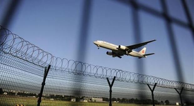 1989년천안문사건이후부터지속된중국해외탈출러시가시진핑지도부출범이후에도이어지고있다.| WANG ZHAO/AFP/GettyImages
