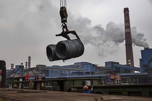 중국은 11일 세계무역기구(WTO) 가입 15주년을 맞았지만 선진국들의 거센 반대로 '시장경제 지위'를 부여 받지 못할 위기에 놓였다. | Kevin Frayer/Getty Images