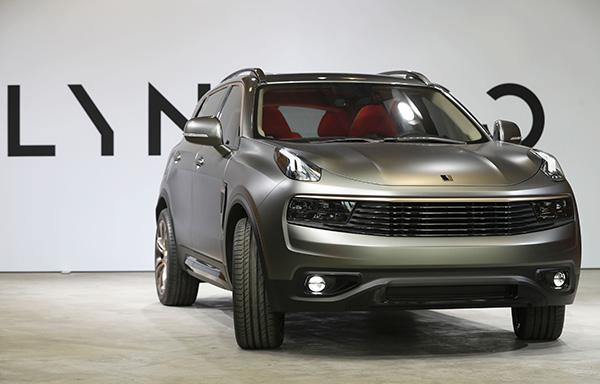 지난 10월 독일 베를린 행사에서 선보인 링크앤코(Lynk & Co)의 SUV '01' 모델. | AFP/GETTY IMAGES