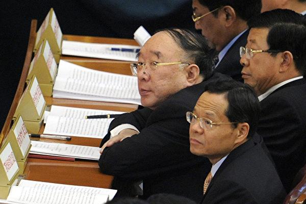 2016년 말, 황치판(黃奇帆)이 충칭(重慶)시 시장직에서 해임됐다. 충칭시 정법계통과 당정(黨政) 분야의 여러 부처 역시 대규모 인사 교체가 이뤄지면서 장쩌민파는 대거 청산됐다.| AFP/Getty Images