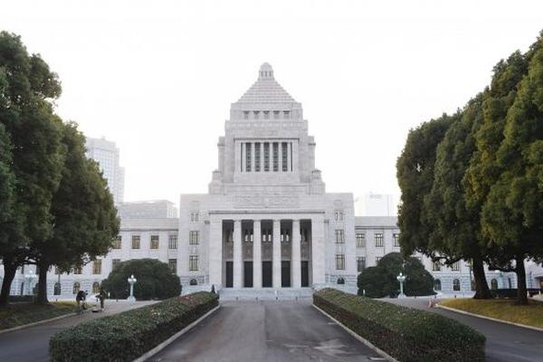 2014년 11월 21일에 촬영한 일본 도쿄의 국회의사당. 지난 1월 23일, 일본 국회의사당에서 캐나다 변호사 데이비드 메이터스와 캐나다 전 장관 데이비드 킬고어, 이스라엘 이식 학회 회장 제이콥 라비 박사는 '의료 대학살'에 관한 토론을 진행했다. | Getty Images