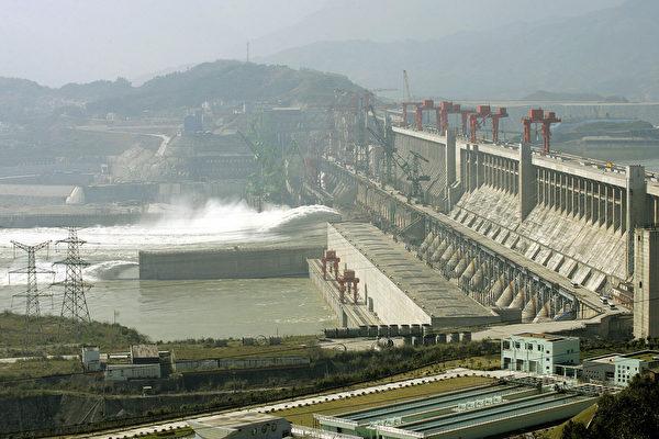 싼샤(三峽) 프로젝트는 수많은 생타와 환경, 그리고 사회문제를 불러오고 있다. | Getty Images
