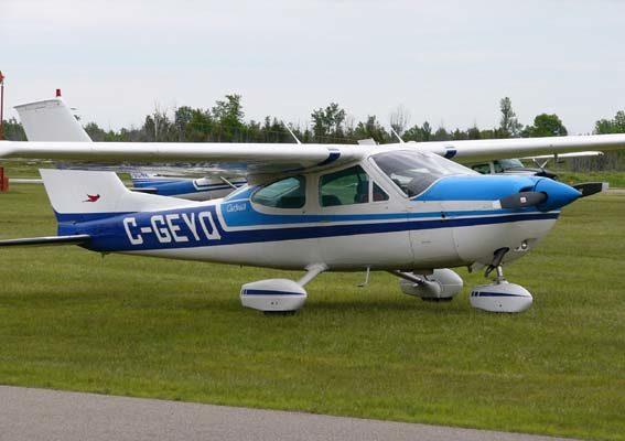 Cessna 177 프로펠러 단엽기 | 위키백과 공공영역