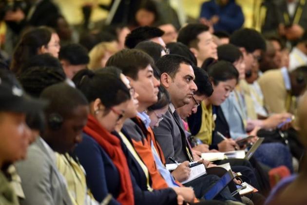 2017년 10월 17일 중국 베이징의 인민대회당에서 열린 제 19차 중국공산당 전국대표대회의 기자회견에  참석한 기자들. | VCG/VCG via Getty Images