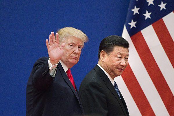 """유럽연합(EU)이 """"미중 무역전쟁 과정에서 중국이 더 높은 대가를 치를 것""""이라는 연구 결과를 발표하면서 '5대 의제'에 초점을 맞춘 미중정상회담에 관심이 모아지고 있다. 이에 따라 시진핑 주석이 어떠한 행보를 보일 것인지에 대해 관심이 모아지고 있다.     NICOLAS ASFOURI/AFP/Getty Images"""