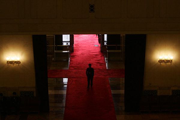 미⠂중 무역전쟁으로 중국 경제가 연속 하락하면서 베이징 당국에 큰 도전이 다가왔다.(Getty Images)