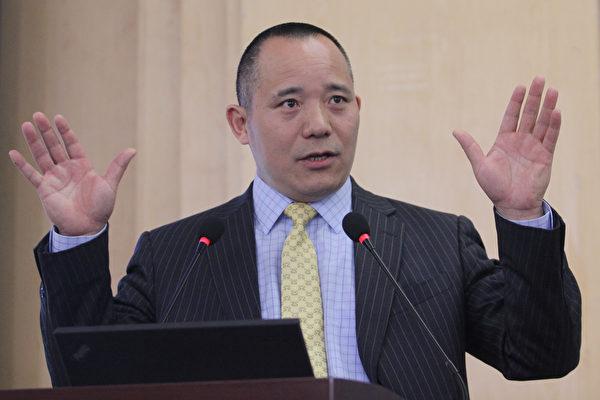 중국의 저명한 경제학자 샹쑹쭤(向松祚) 교수. (대기원 자료실)