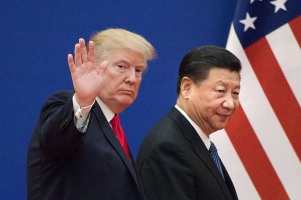 미국이 향후 산업사슬, 투자, 기술 등 3대 분야에서 중국과의 연계고리를 이탈함으로써 결국 '경제판' 신냉전으로 이어질 것이라는 전망이 나오고 있다. | NICOLAS ASFOURI/AFP/Getty Images