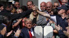 트럼프, 911테러 구조요원 지원 연장법안에 서명
