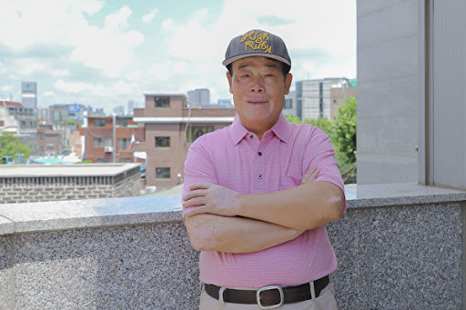 중국민주운동해외연석회의 한국지부장 우전룽(武振荣) 선생은 에포크타임스의 인터뷰에서 '중공의 파룬궁 탄압은 완전한 착오이며 중공의 멸망은 필연적'이라고 했다.(전경림/에포크타임스)