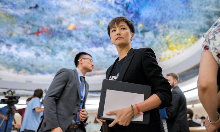 홍콩 가수 겸 민주활동가 데니스 호 /FABRICE COFFRINI/AFP/Getty Images