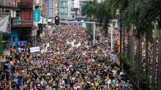 홍콩 '송환법' 폐지 시위에 43만명 운집..경찰 최루탄·고무탄환 진압