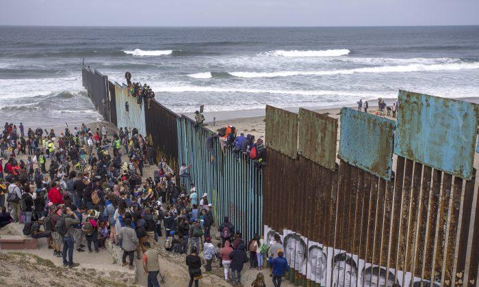 텍사스 티후아나의 미-멕시코 국경선 /David McNew/Getty Images