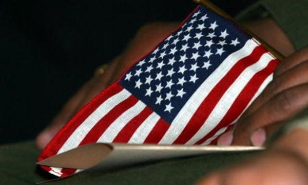 미국 연방 정부가 12일(현지시간) 발표한 새로운 이민 규정에 따라,복지 혜택을 받는 수십만명의 이민신분 변경이 강력하게 제한된다. | Getty Images