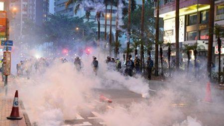 빈백탄, 스펀지탄..홍콩 경찰이 시위진압에 사용한 무기들