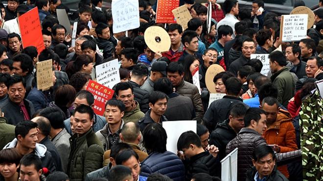 홍콩 언론이 중국 실업문제의 심각성을 보여주는 세가지 현상을 지적했다. | VCG/VCG via Getty Images