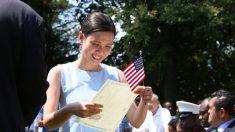 美 행정부, 이민자에 소셜미디어 계정 정보 제출 의무화 방침