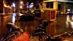 빗길에 미끄러진 오토바이 배달 알바생이 찍은 사진 한 장
