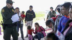"""멕시코, 불법 이민자 56% 감소 발표…""""美 관세 피할 수 있을 것"""" 기대감"""