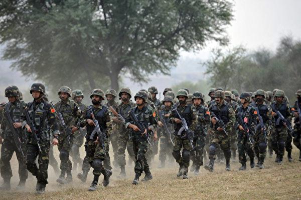 중공군 홍콩 주둔 부대 자료사진. | AAMIR QURESHI/AFP