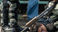 선 넘은 홍콩 경찰…실탄에 음향대포, 섬광수류탄 동원해 캠퍼스 포위 공격
