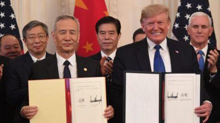 중국 공산당은 어떻게 무너지고 있는가