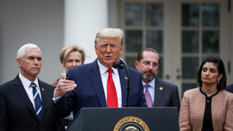 도널드 트럼프 대통령이 워싱턴 백악관 로즈 가든에서 코로나바이러스 관련 국가비상사태를 선포하고 있다. 2020. 3월. 13. | Charlotte Cuthbertson/The Epoch Times
