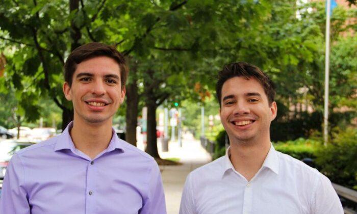 호르헤 갈리시아(왼쪽)와 안드레스 길라르테는 미국 전역을 순회하며 사회주의가 베네수엘라를 어떻게 파괴했는지 이야기하는 베네수엘라 정치 운동가다. | The Fund for American Studies