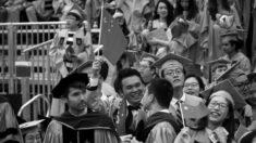 """""""트럼프 행정부, 인민해방군 연계된 중국인 유학생 비자 취소 추진"""" NYT"""