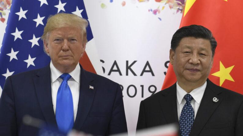지난 2019년 6월 G20 오사카 정상회의에 참석한 도널드 트럼프 미국 대통령과 시진핑 중국 공산당 총서기 | AP=연합뉴스