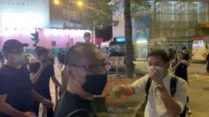 홍콩 시위현장서 몸싸움하다 흉기 꺼내 위협…에포크타임스 취재진 공격