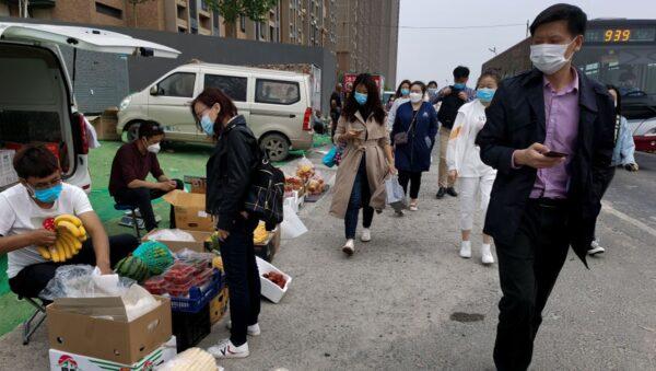 기사와 직접 관련 없는 자료사진. 지난 4월 29일 중국 베이징의 한 시장 노점 | Lintao Zhang/Getty Images