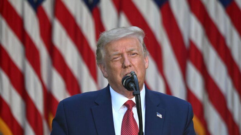 도널드 트럼프 미 대통령이 7월 14일(현지시각) 워싱턴의 백악관 로즈가든에서 기자회견하고 있다.   JIM WATSON/AFP via Getty Images