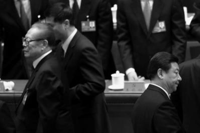장쩌민 전 중국공산당 총서기(왼쪽)와 시진핑 현 중국공산당 총서기(오른쪽) | Feng Li/Getty Images