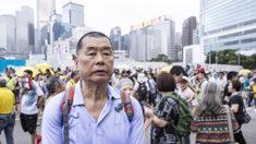 """사주 체포 빈과일보 주식 장중 최고 344% 폭등…홍콩인들 """"양심 언론 지킨다"""""""