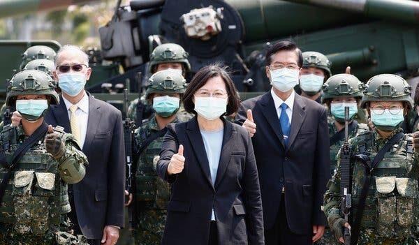 """미국, 대만에 2조규모 무기판매 승인…중국 """"내정간섭"""" 반발"""