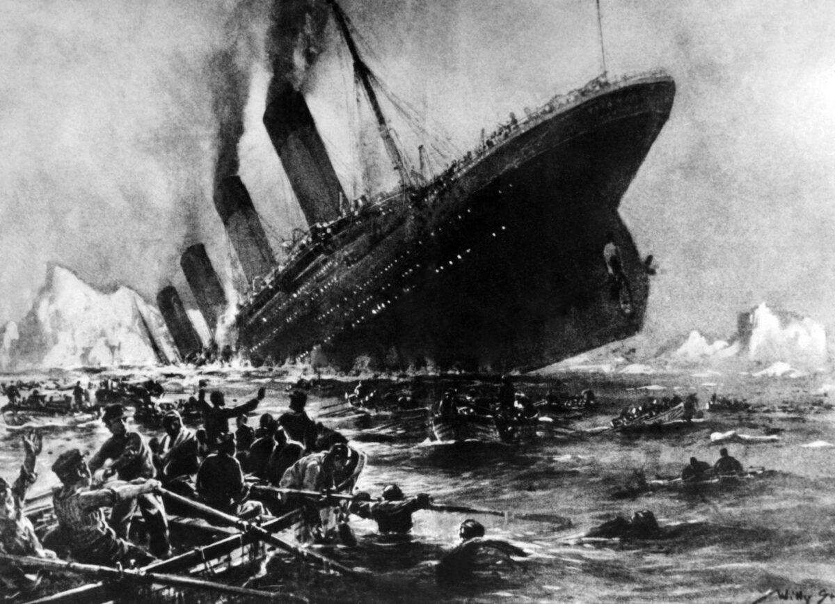 타이타닉처럼 침몰하는 中공산당, 간부들에게는 '다 계획이 있다'
