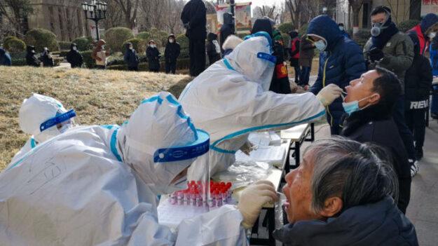 비상 걸린 베이징…시진핑 거주지서 대규모 코로나 검사