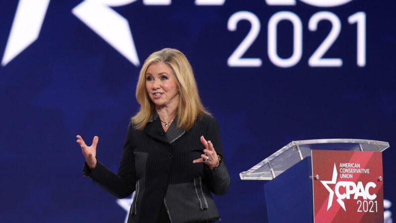 마샤 블랙번 미 공화당 상원의원이 2021년 2월 27일 플로리다주 올랜도에서 열린 2021년 '보수정치행동회의'(CPAC) 둘째날 행사에서 연설하고 있다. | Joe Raedle/Getty Images