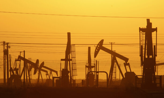 중국이 이란과 베네수엘라로부터 석유 수입량을 늘리고 있다. | David McNew / Getty Images