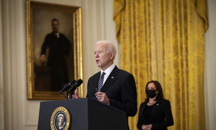 조 바이든 미국 대통령이 백악관에서 발언하고 있다. 2021.3.18   Drew Angerer/Getty Images