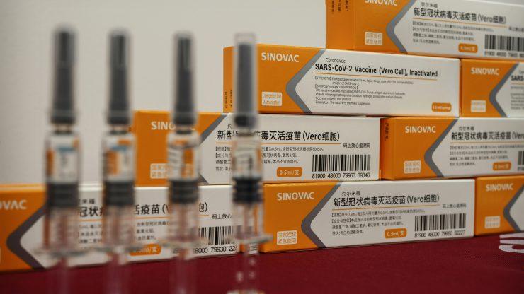중국 의약사 시노백의 코로나19 백신   Kevin Frayer/Getty Images
