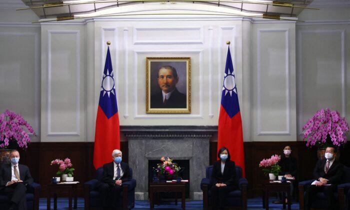 """[분석] """"미국, 중국에 '대만 문제' 입장 확실히 밝혀야"""""""