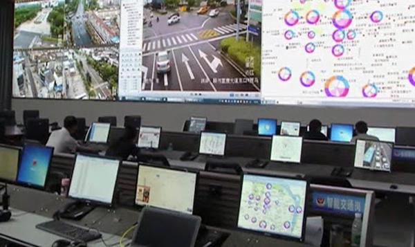 사진은 기사와 직접 관련 없음. 중국의 교통 감시망 | 웨이보 화면 캡처