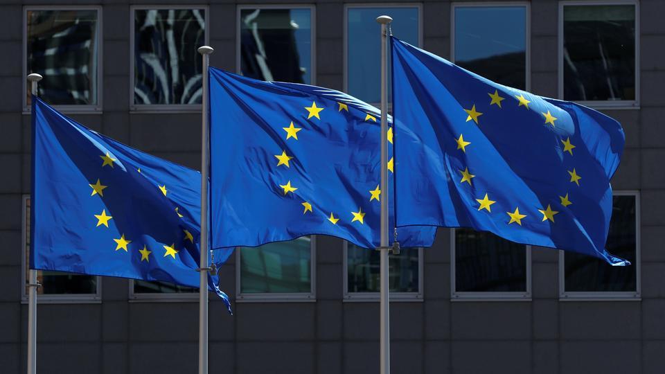 """EU, 중공과 투자협정 비준 노력 중단...""""정치·경제 분리할 일 아냐"""""""