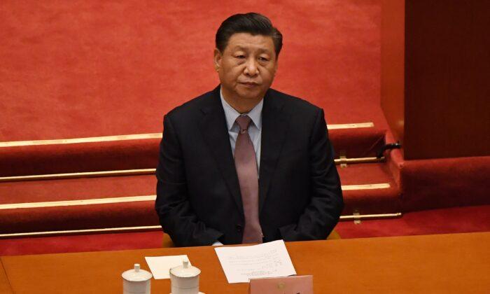 시진핑 중국 국가주석이 2021년 3월 4일 베이징에서 열린 중국 인민정치협상회의(CPPCC) 개회식에 참석했다. | Leo Ramirez/AFP via Getty Images