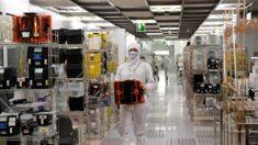 美 제재에 발목 잡힌 중공 반도체…기술경쟁서 도태 위기