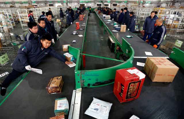 공산당 100주년 앞둔 中, 베이징·상하이 등 7개 도시 택배 제한