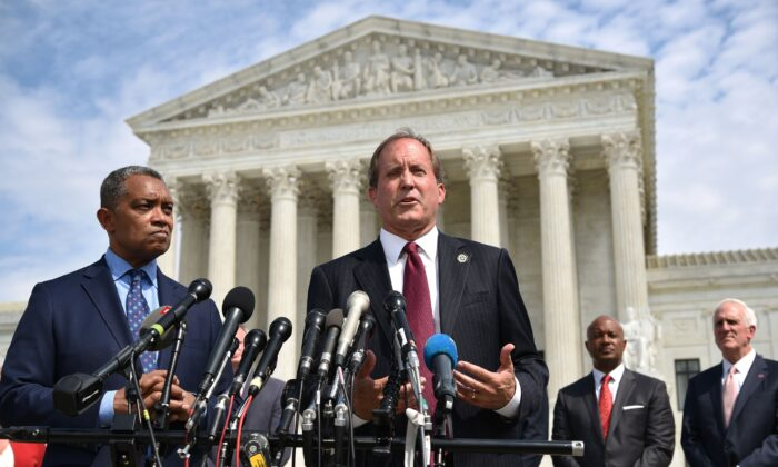 공화당 소속 켄 팩스턴 텍사스주 법무장관. 2019.9.19 | Mandel Ngan/AFP via Getty Images/ 연합