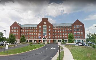 미국 버지니아주 라우든 카운티의 한 공립학교. 2021. 6.4 | Screenshot Google Maps/The Epoch Times